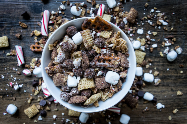 Peppermint-Chocolate-Chex-Mix