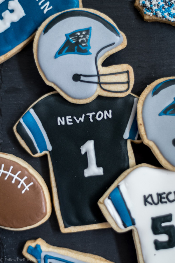 Panthers Cookies B-5