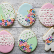 Eyelet Lace Easter Egg Cookies