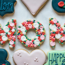 Floral Monogram Mother's Day Cookies